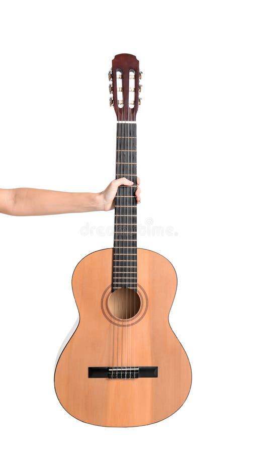 Kobiety mienia gitara akustyczna na białym tle zdjęcie stock