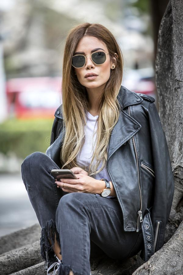 Kobiety moda outdoors fotografia stock