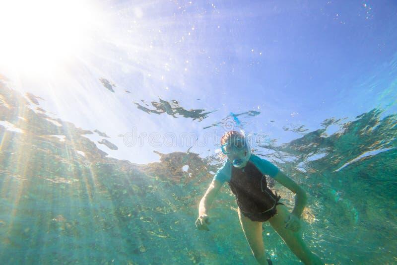 Kobiety morze snorkeling obrazy royalty free