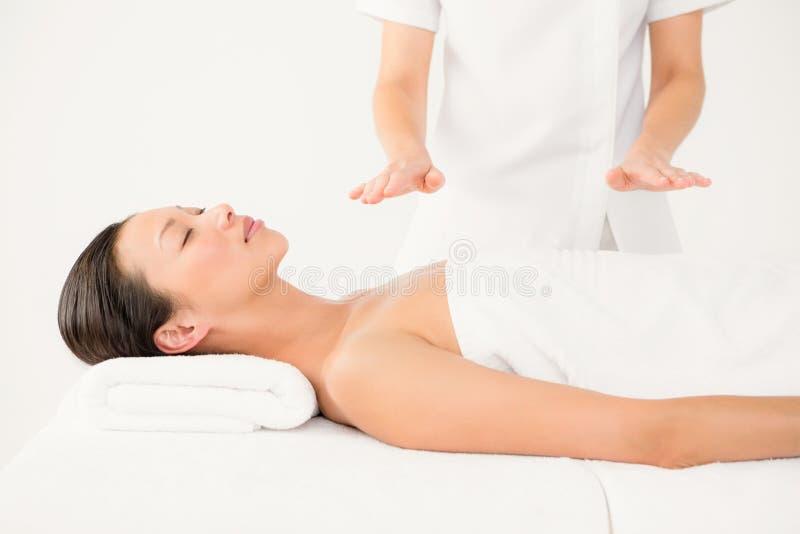 Kobiety odbiorcza alternatywna terapia zdjęcie royalty free