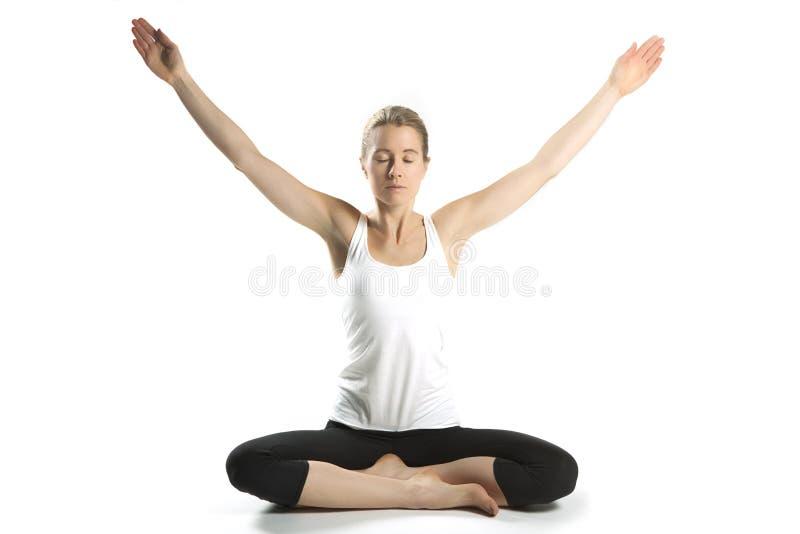 Kobiety praktyki joga  fotografia royalty free