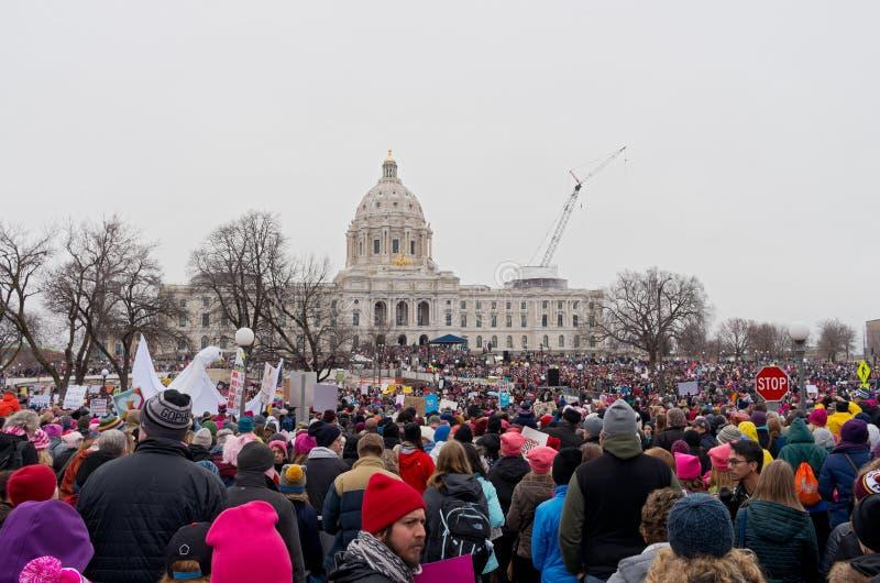 Kobiety ` s wiec przy stanu Capitol fotografia stock