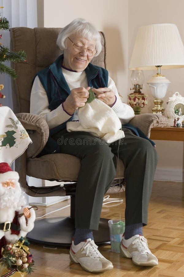 Kobiety starszy dzianie fotografia stock