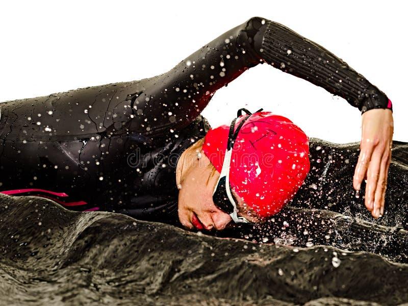 Kobiety triathlon triathlete ironman pływaczki pływacki swimsuit odizolowywał białego tło obraz royalty free