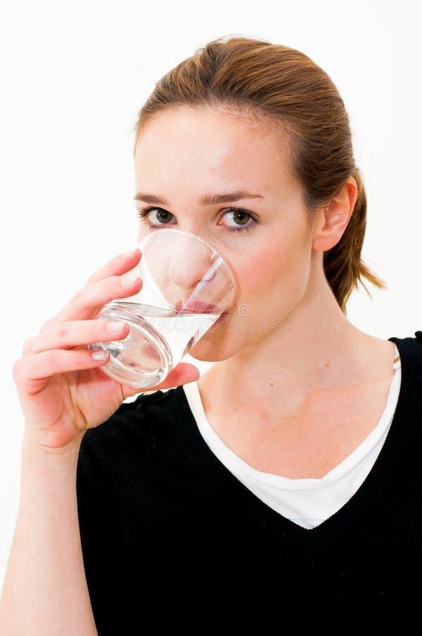 Kobiety woda pitna zdjęcia royalty free