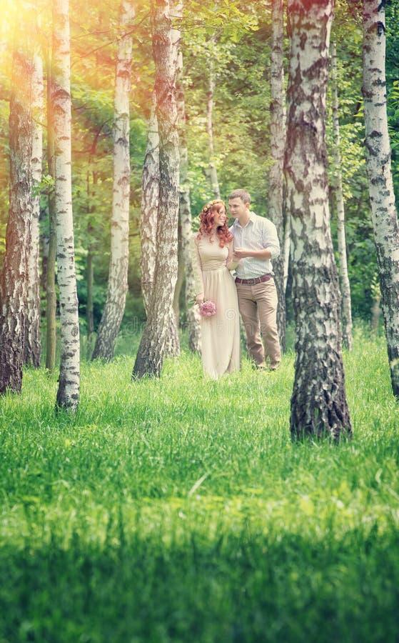 kochający para park zdjęcia royalty free