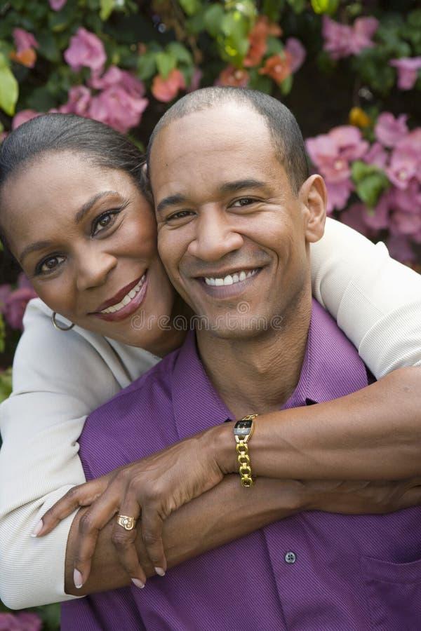 Kochający pary ono Uśmiecha się zdjęcia stock