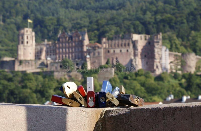 Kochanek kłódki w Heidelberg obraz royalty free