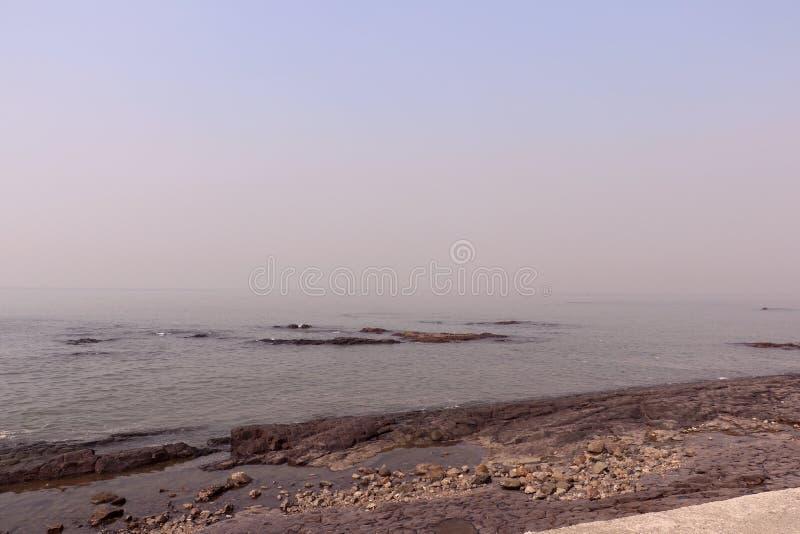 Kochanka punkt Mumbai dla pary Bandstand plaży fotografia royalty free