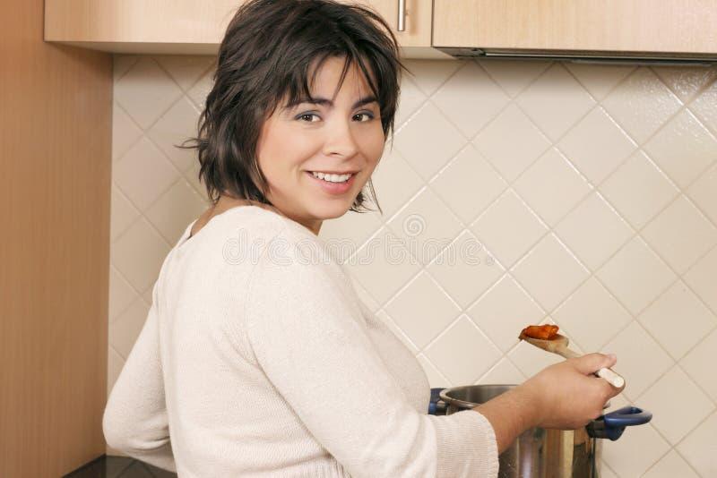 Kochen lizenzfreies stockfoto