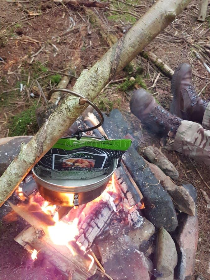 Kochen des Lebensmittels lizenzfreie stockfotografie