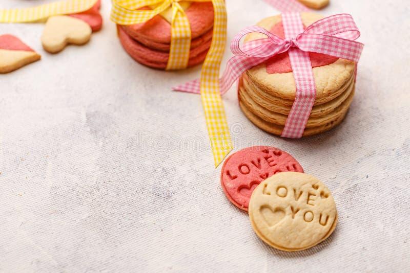 Koekjes met liefde die u worden gestempeld royalty-vrije stock foto