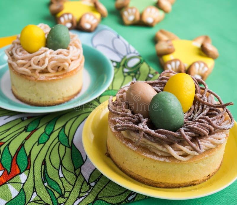 Koekjes voor Pasen stock afbeeldingen
