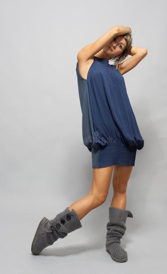 Download Koel trendy meisje stock foto. Afbeelding bestaande uit mensen - 10782066