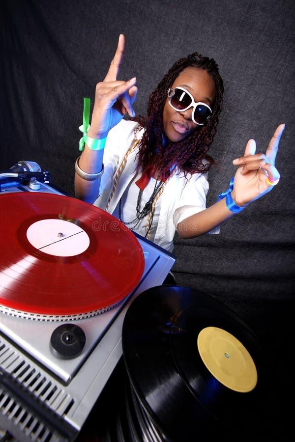 Koele afro Amerikaans DJ stock afbeelding