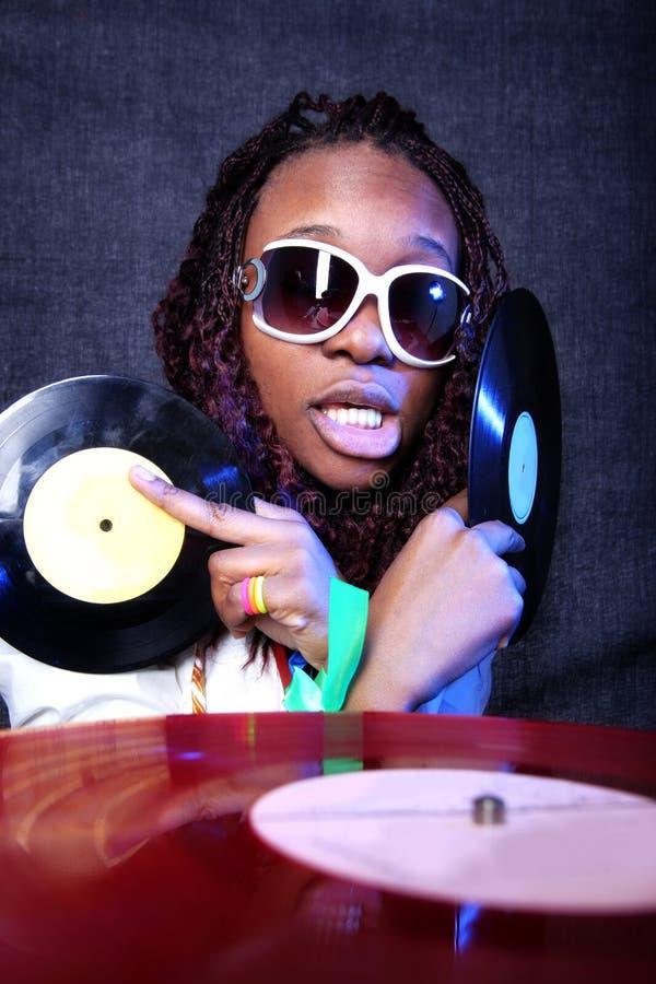 Koele afro Amerikaans DJ stock afbeeldingen