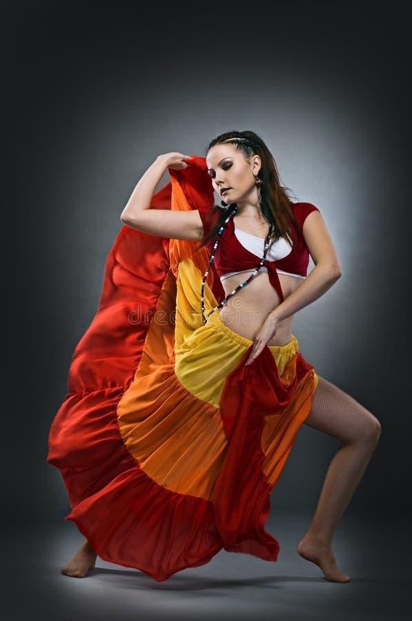 Koele dansersvrouw royalty-vrije stock fotografie