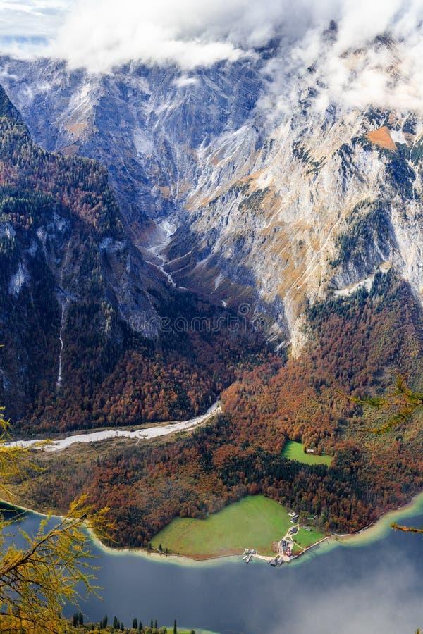 Koenigssee dans Berchtesgaden photographie stock libre de droits