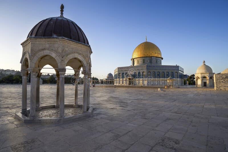 Koepel van de Rots in Jeruzalem stock foto's