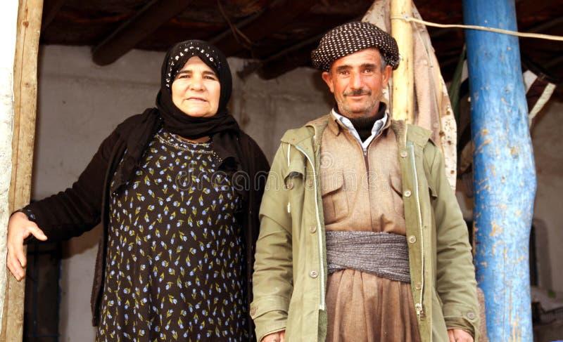 Koerdische familie stock afbeeldingen
