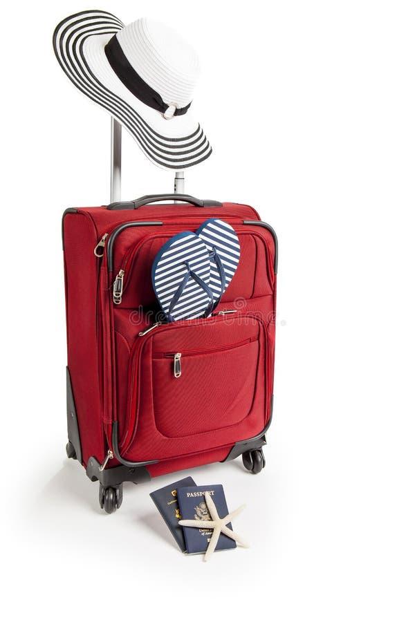 Koffer bereit zu Strand-Ferien stockfotografie