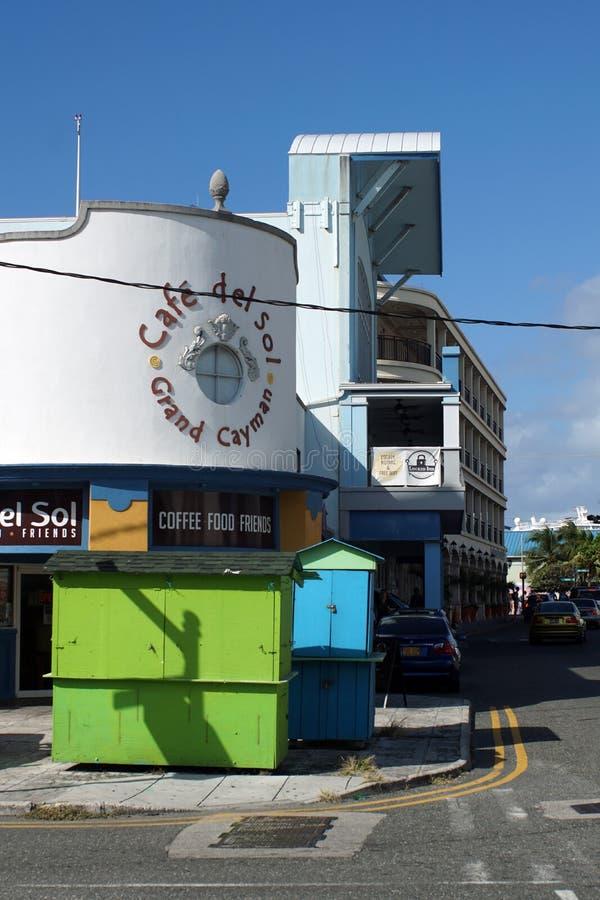 Koffie en giftwinkels op Grote Kaaiman stock fotografie