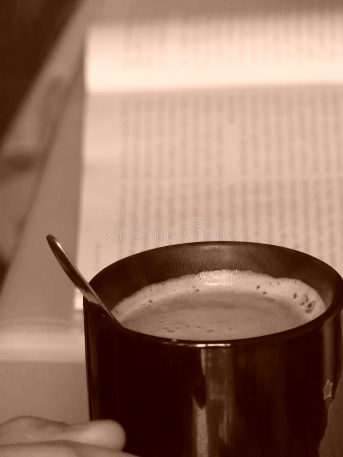 Koffie en huis stock afbeelding