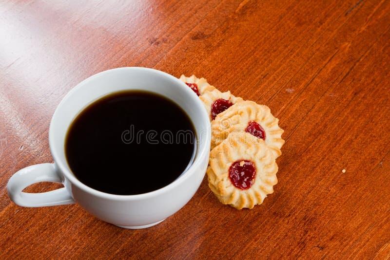 Download Koffie en koekjes stock afbeelding. Afbeelding bestaande uit tijd - 29506699