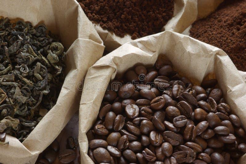 Koffie en thee in zakken royalty-vrije stock foto