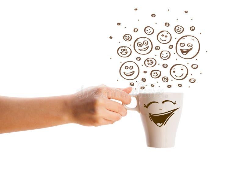 Download Koffie-kop Met Bruine Getrokken Hand Happyfaces Stock Foto - Afbeelding bestaande uit latte, aroma: 39100718