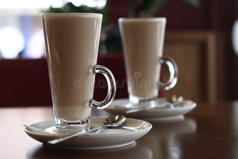 Koffie Latte in een lang glas royalty-vrije stock afbeelding