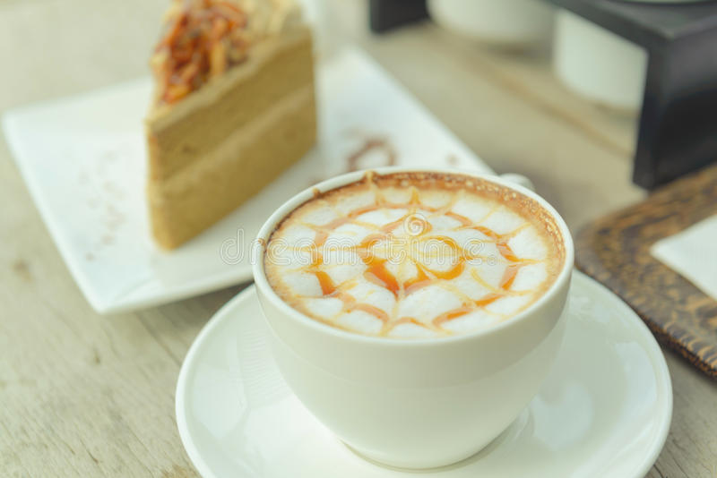 Koffie met cake, Koffiekop - Uitstekende effect stijlbeelden royalty-vrije stock afbeeldingen
