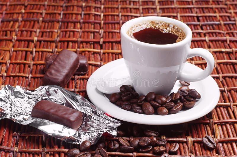 Koffie met suikergoed royalty-vrije stock foto