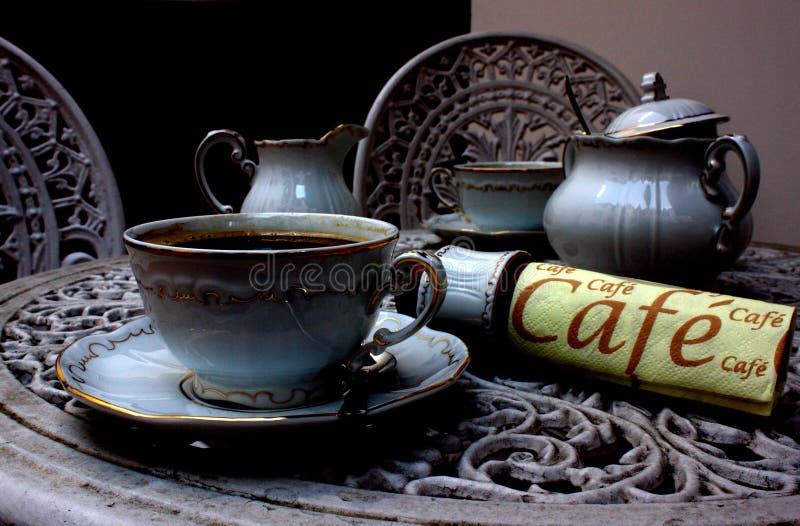 Koffiebar bij de nacht royalty-vrije stock foto's