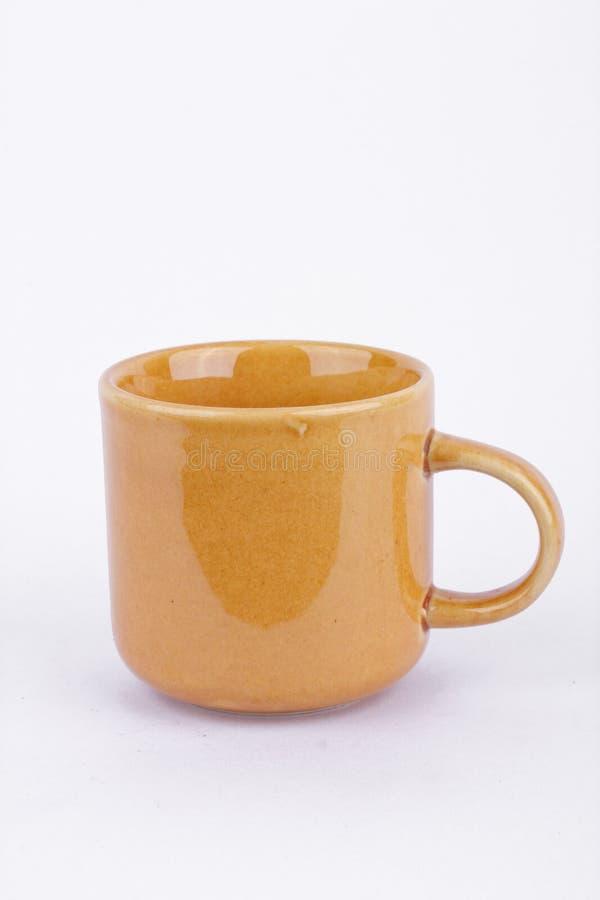 Koffiekop op onderbrekingstijd op witte geïsoleerde achtergrond royalty-vrije stock afbeeldingen