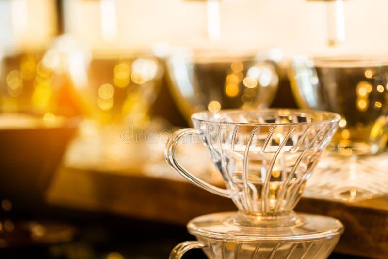 koffiekop in uitstekende warme de kleurentoon van de koffiewinkel royalty-vrije stock afbeelding