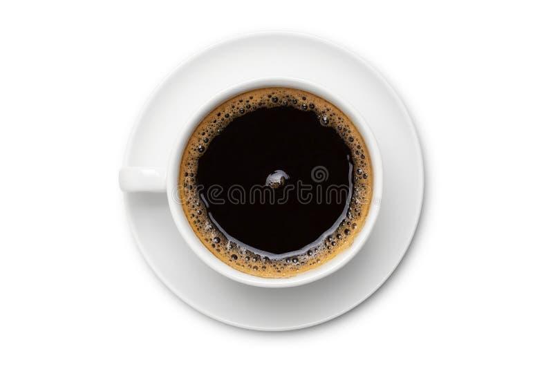 Koffiezwarte in witte ceramische kop, hoogste die mening op witte achtergrond wordt geïsoleerd royalty-vrije stock afbeelding