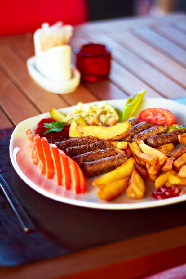 Kofte turco (Meatballs) imagens de stock