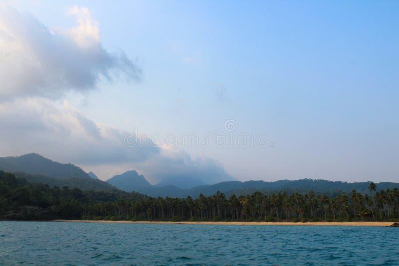 Koh Chang en le bateau photos stock