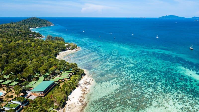 Koh Lipe, praia tropical em Tailândia imagens de stock