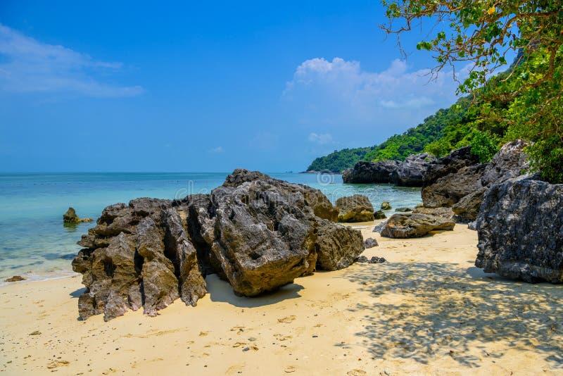 Koh Phaluai Mu Ko Ang Thong National Park, golf av Thailand, si royaltyfria foton