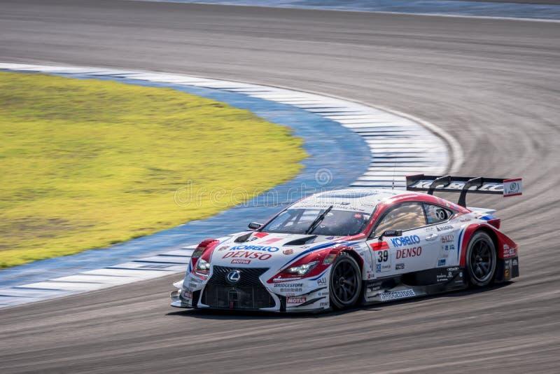Kohei Hirate van LEXUS TEAM SARD in de Categorie van GT500 Qualiflying bij royalty-vrije stock afbeeldingen