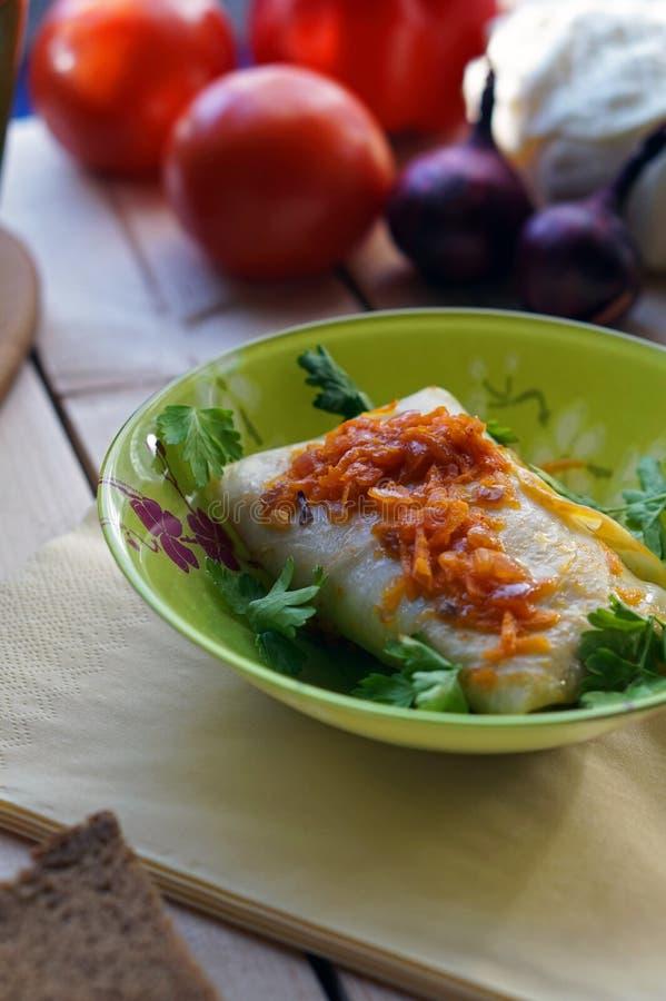 Download Kohl Rolls stockbild. Bild von gedämpft, kohl, tomaten - 90229725