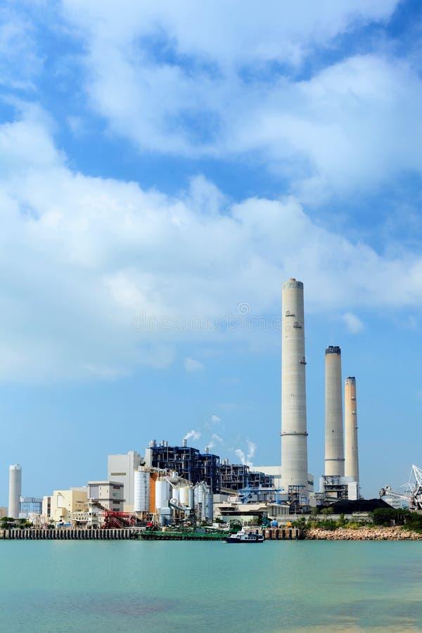 Kohle abgefeuerte Anlage des elektrischen Stroms lizenzfreie stockfotos