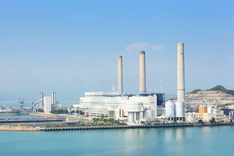 Kohle abgefeuerte Energieanlage stockfoto