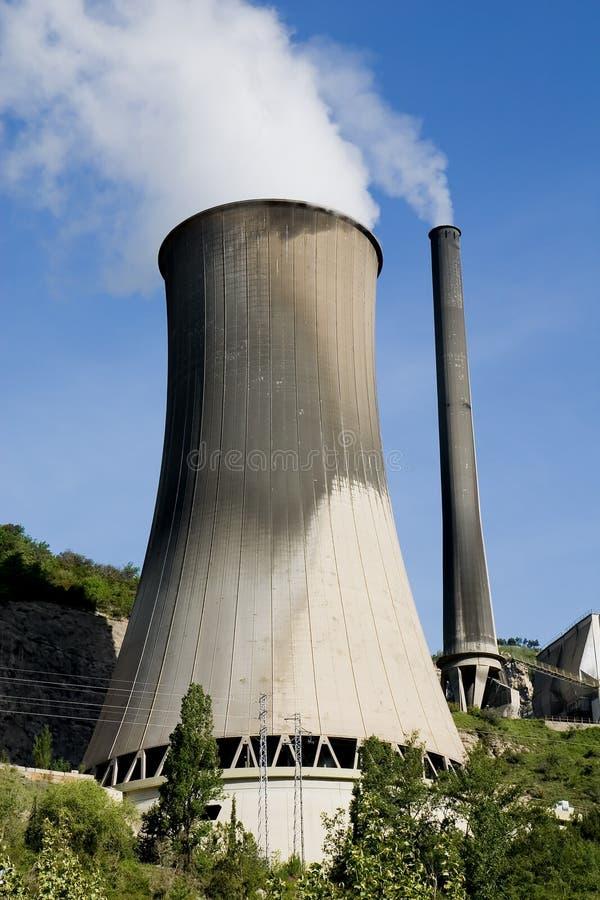 Kohleenergieanlage lizenzfreies stockbild