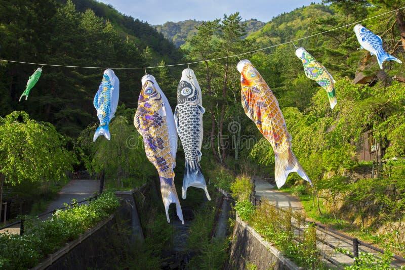 Koinbori perto de Monte Fuji fotografia de stock royalty free