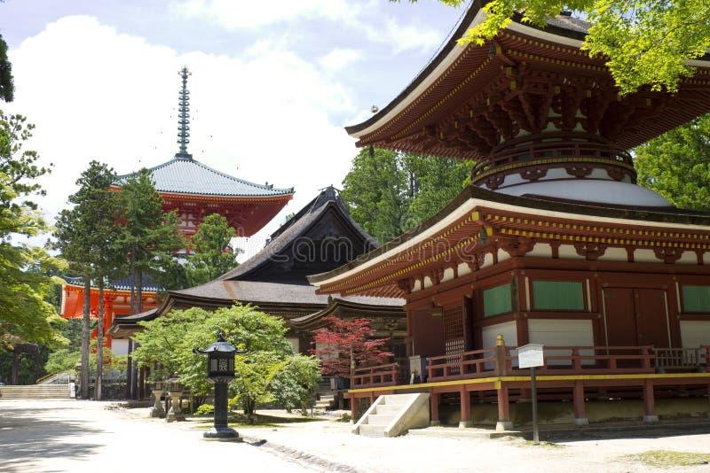 kojarzonej k góry czerwony struktury świątyni ya obraz royalty free