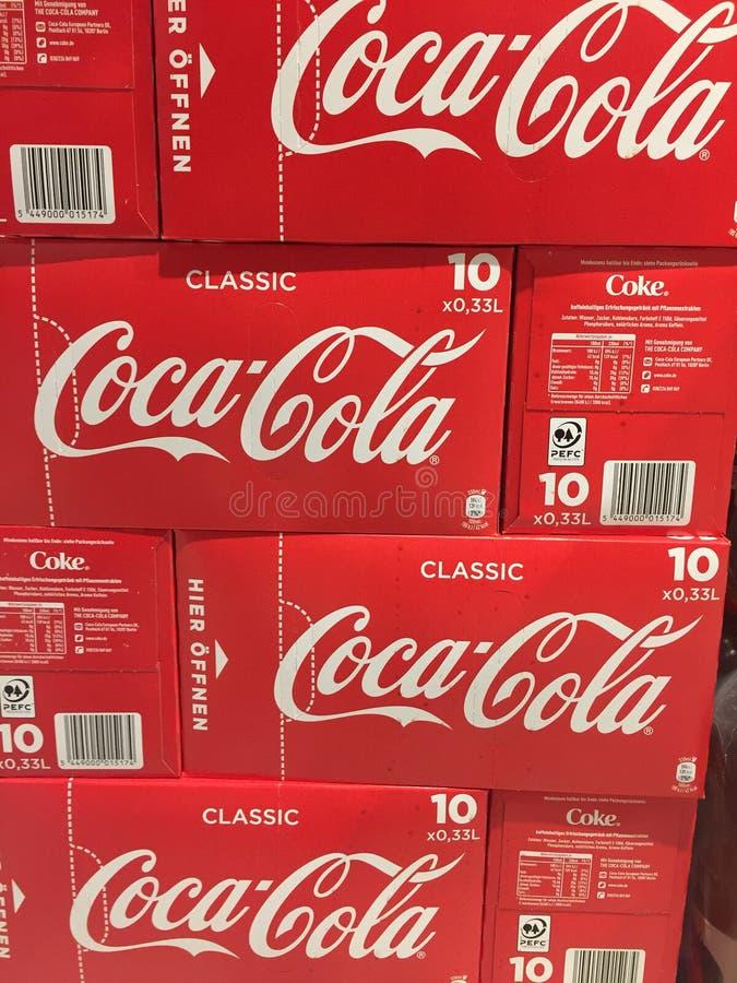 Koka-kola dla sprzedaży obrazy stock