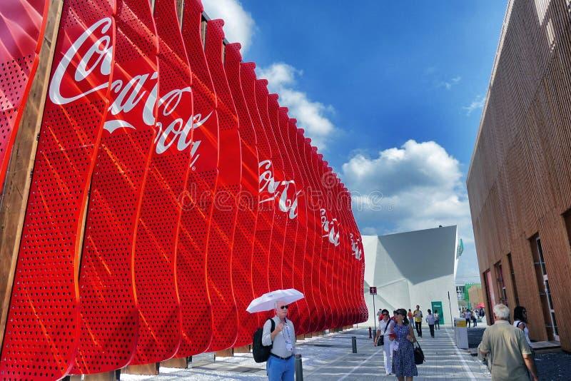 Koka-kola Firma pawilon przy expo Mediolan 2015 obrazy royalty free
